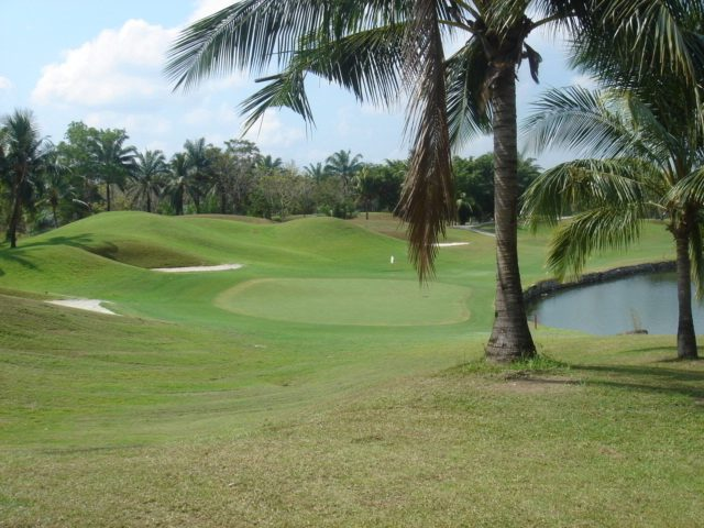 Khao_kheow_golf_club_pattaya_thaila