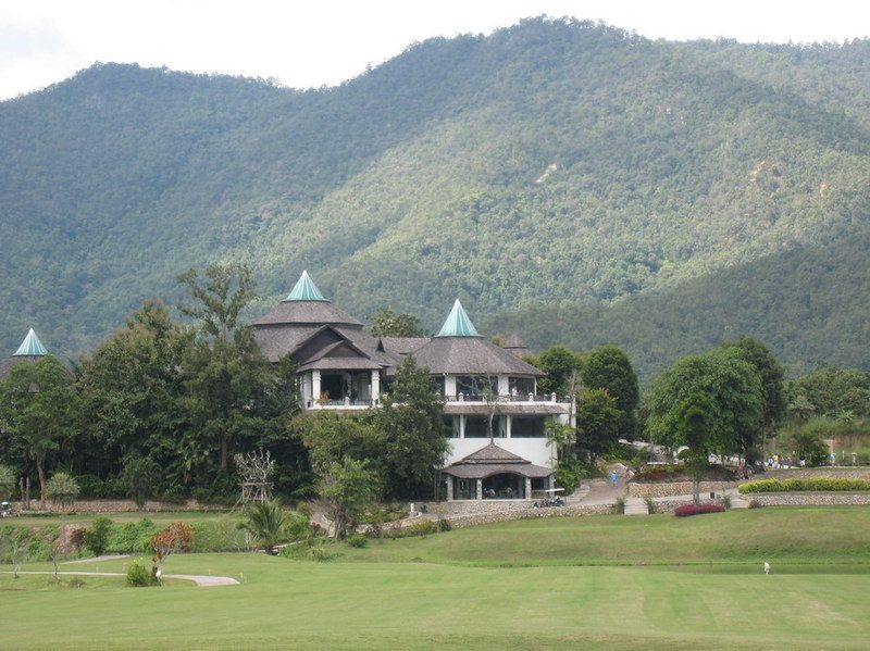 Gassan_khuntan_club_house_2