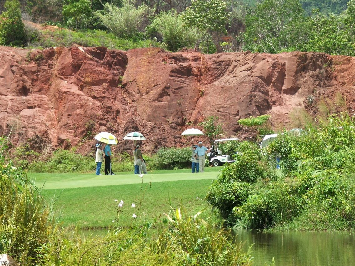 Red Mountain Golf Club Phuket Thailand (2)