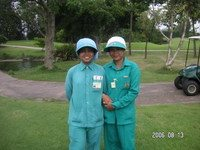 Thailand_golf_caddies_resize