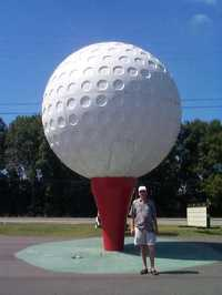 Thailand_large_golf_ball_too_close