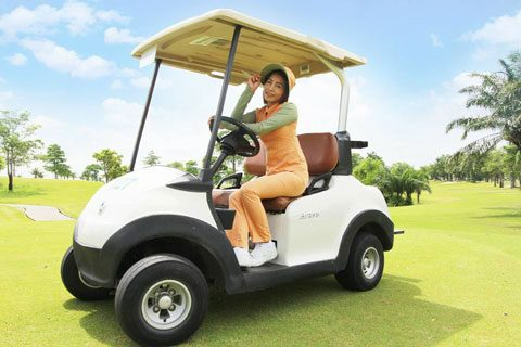 caddie at Pattana with cart